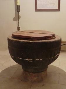 San Bartolomé. Pila bautismal
