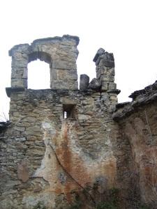 Muro oeste y campanario