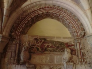 Sala capitular. Tumba del abad Lope Ximénez