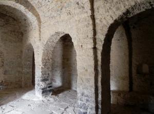 Arcos formeros entre naves central y norte