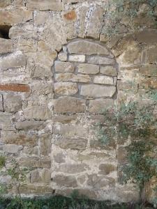 Puerta tabicada al oeste