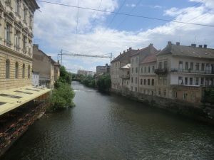 Cluj. Río Somes pequeño