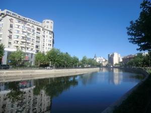 Bucarest. Río Dimbovita