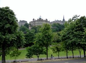 Edimburgo. La ciudad antigua desde la calle Princes