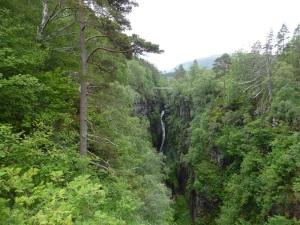 256. Cascada de Measach