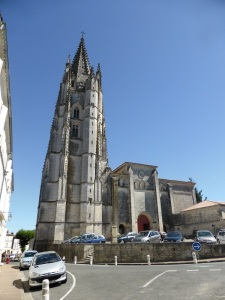 Saintes. San Eutrope