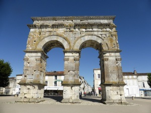 Saintes. Arco de Germánico