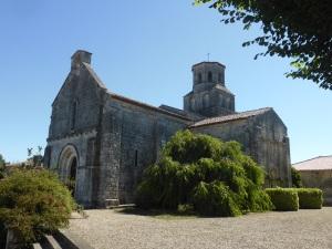 Thaims. Saint-Pierre-ès-Lien