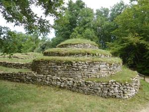 254. Museo de los Túmulos de Bougon