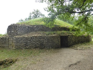 256. Museo de los Túmulos de Bougon