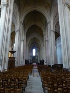 275. Poitiers Catedral de San Pedro