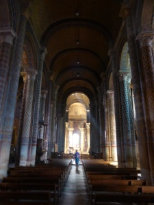 Poitiers. Notre Dame la Grande. Nave central