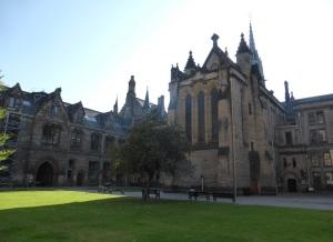 557. Glasgow. Universidad
