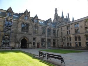 560. Glasgow. Universidad