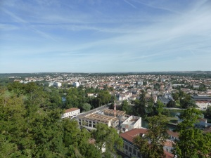 Angulema. La ciudad baja desde las murallas