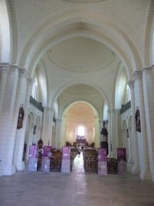 Angulema. catedral. Interior