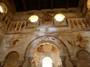 Poitiers. Batisterio de San Juan
