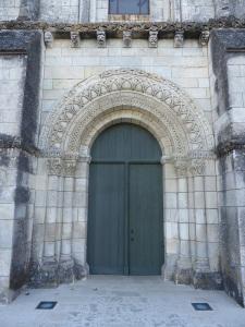 Sainte-Gemme. Portada exterior