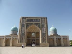 022. Taskent. Plaza Jast Imom. Mezquita Telyashayaj
