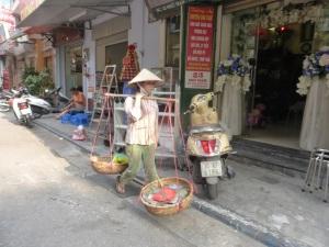 041. Hanoi. Paseo en triciclo por el barrio antiguo