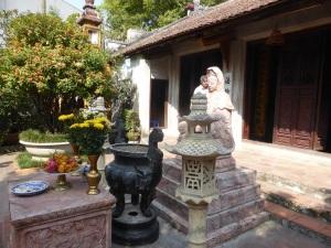 137. Hanoi Pagoda en el complejo del Mausoleo de Ho Chi Minh