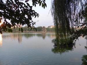 258. Hanoi. Lago Hoan Kiem
