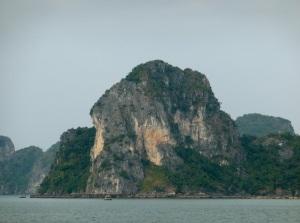 385. Bahía de Halong