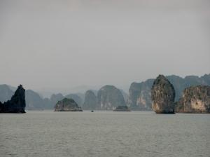 387. Bahía de Halong