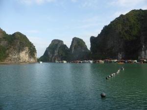 404. Bahía de Halong. Embarcadero