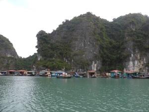 414. Bahía de Halong. Paseo en barca