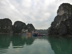 431. Bahía de Halong. Paseo en barca