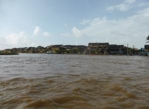 726. Hoi An. Excursión en barca por el río Thu Bon