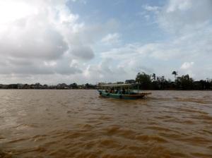 738. Hoi An. Excursión en barca por el río Thu Bon