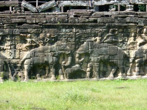 052. Angkor Thom. Terraza de los Elefantes