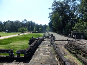 054. Angkor Thom. Terraza de los Elefantes