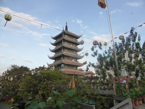 1013. Saigón. Pagoda Chua Vinh Nghiem