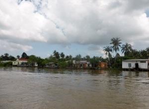 1100. Continuación de la excursión por el Mekong