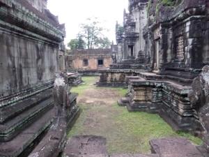 293. Banteay Samré
