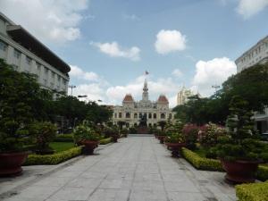 893. Saigón