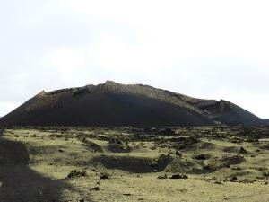 358. Volcán El Cuervo