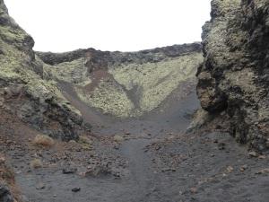 384. Volcán El Cuervo