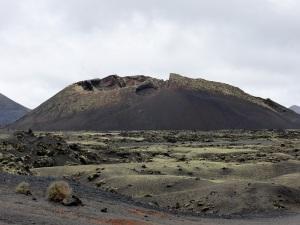394. Volcán El Cuervo