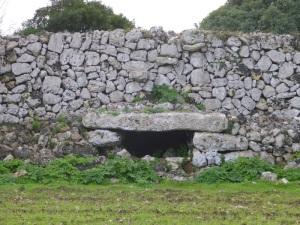 253. Poblado de Torrellafuda. Puerta de acceso