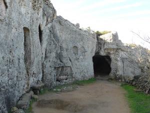 527. Necrópolis de Cala Morell