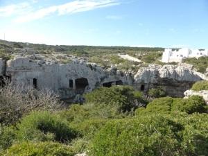 532. Necrópolis de Cala Morell