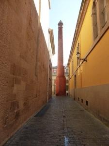 008. Logroño. Chimenea antigua fábrica de tabaco