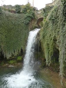 025. Tobera. Cascadas del río Molinar