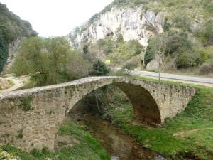 026. Tobera. Puente medieval