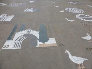 042. Logroño. Plaza Santiago. juego de la Oca
