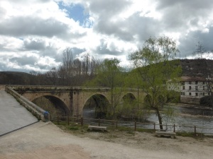 187. Covarrubias. Puente